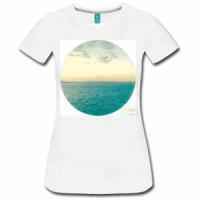 t-women-ocean